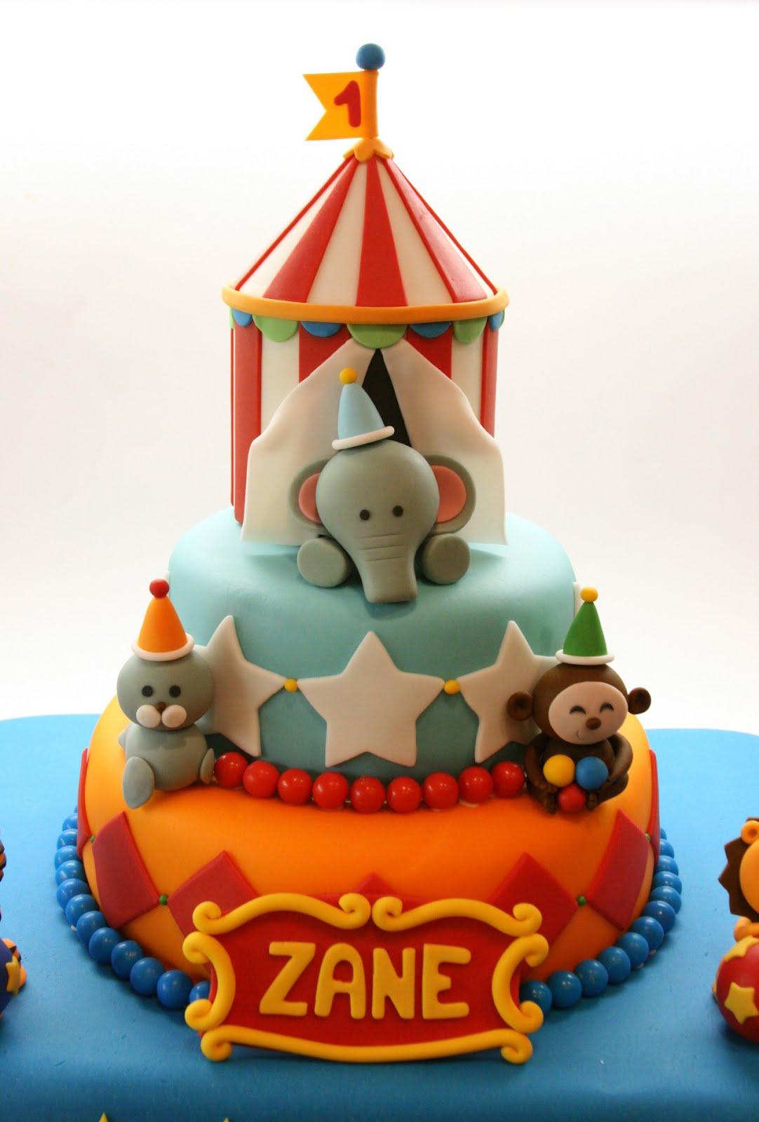 Beautiful Kitchen Circus Cake For Zanes 1st Birthday