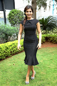 Samantha latest photos in black-thumbnail-15
