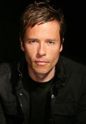 Guy Pearce Height, Weight And Body Measurements
