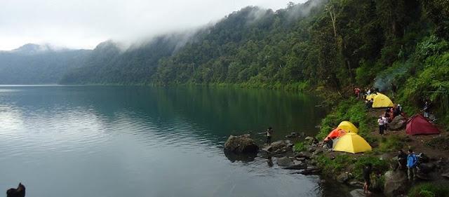 Treking ke Danau Gunung Tujuh, Danau Tertinggi di Asean
