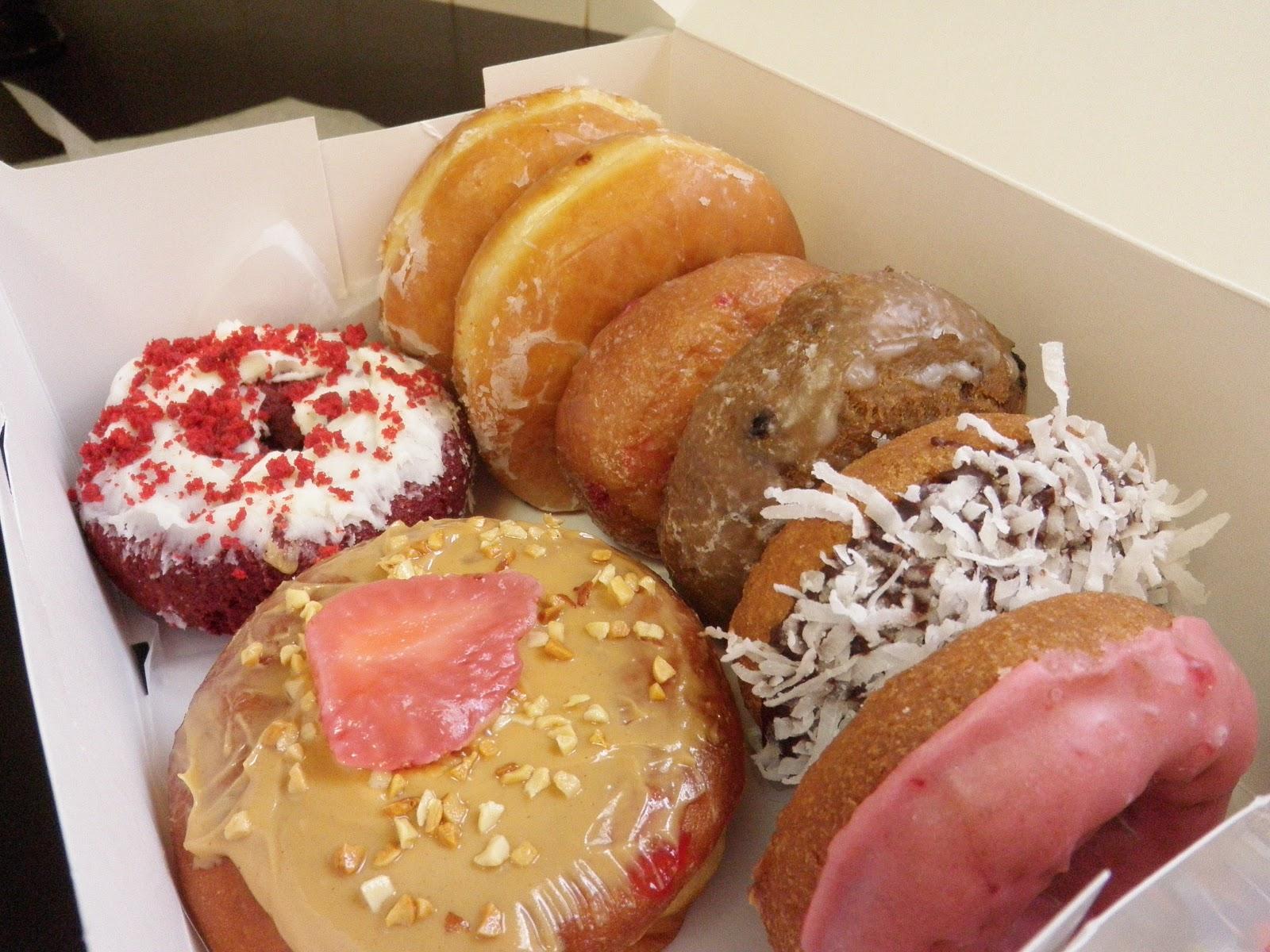 Florentine Doughnuts With Vanilla Custard Recipes — Dishmaps