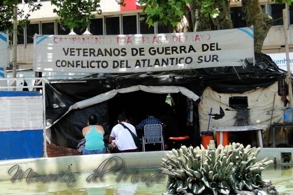 Campamentos Ex combatientes de Plaza de Mayo