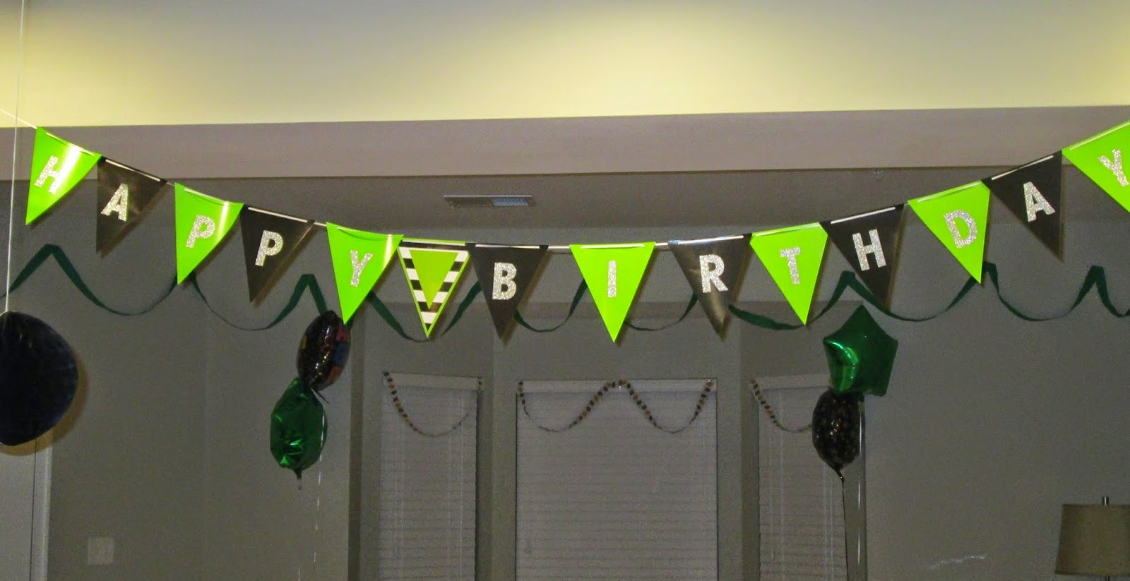 Lifestyle post on DIY ideas for a starbucks birthday party banner
