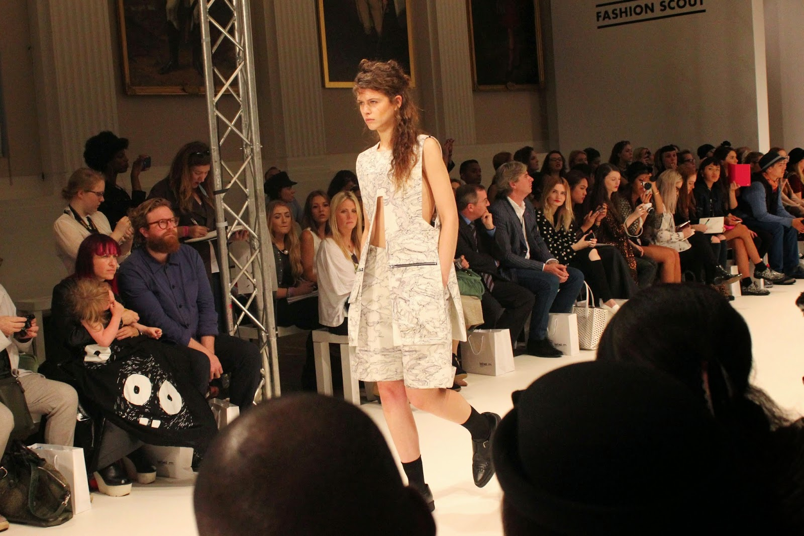 london-fashion-week-2014-lfw-spring-summer-2015-blogger-fashion-Dioralop-catwalk-models-freemasons hall-fashion-scout-top-shorts-shoes