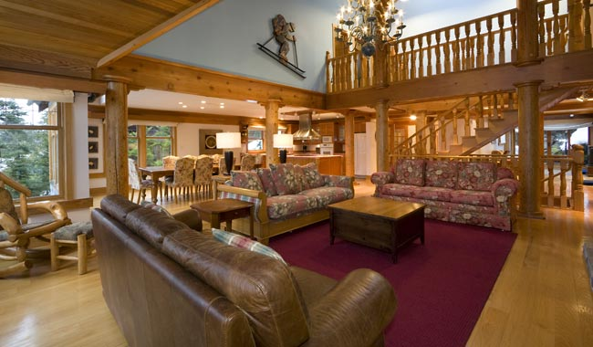 Ski house of the day october 2012 for Cabine in whistler