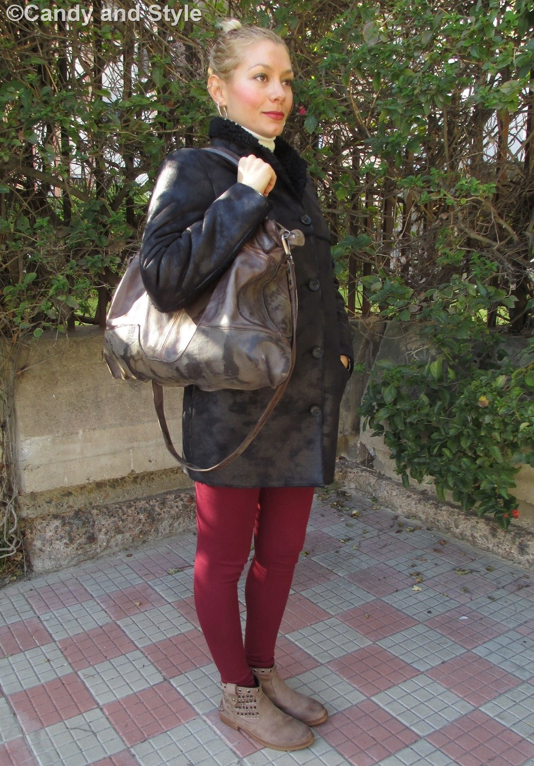 Eco Shearling Jacket - RAISON d'ÊTRE Bag - Leggings - Ankle Boots