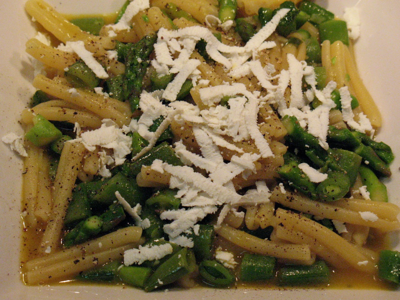 Cook In / Dine Out: Asparagus and Snap Pea Pasta