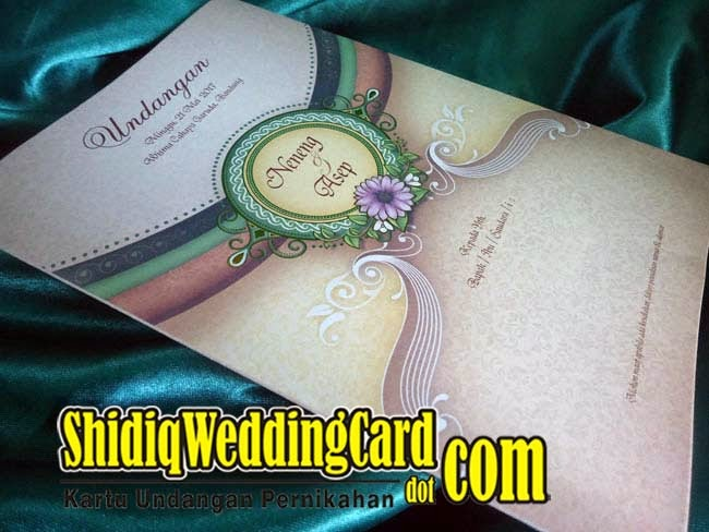 http://www.shidiqweddingcard.com/2015/02/salma-133.html