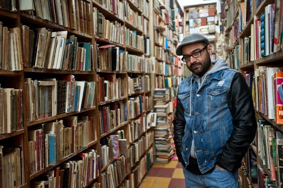 """Visita literaria """"Los fantasmas de la calle Donceles"""" con Bernardo Esquinca"""