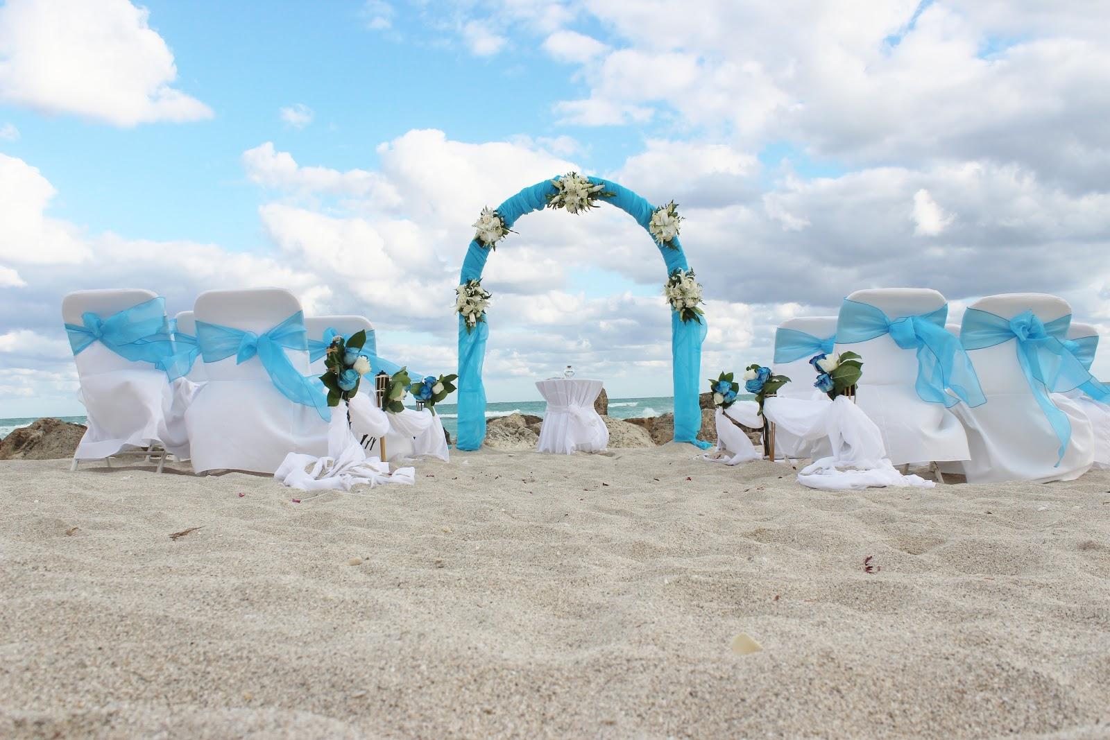 affordable beach weddings 305 793 4387 something blue