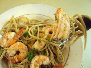 Walnut-Mint Pesto Shrimp Pasta