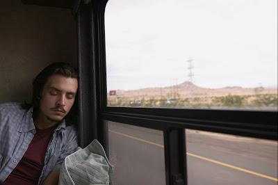 6 Tips Aman Dan Nyaman Tidur Di Dalam Bus [ www.BlogApaAja.com ]