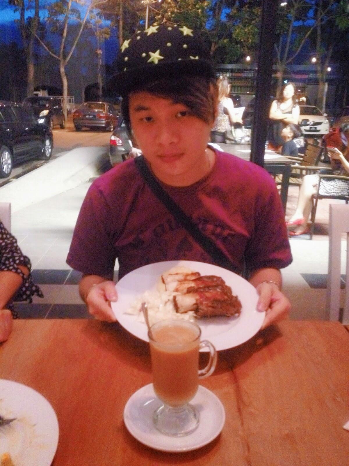 Ray Tan 陳學沿 (raytansy) ; Bob's Kitchen @ Danga Utama, Johor Bahru, Johor, Malaysia