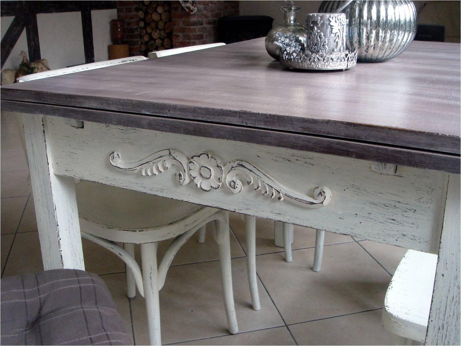 Stół shabby chic