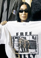 "Cher with ""FREE BILLY"" t-shirt"