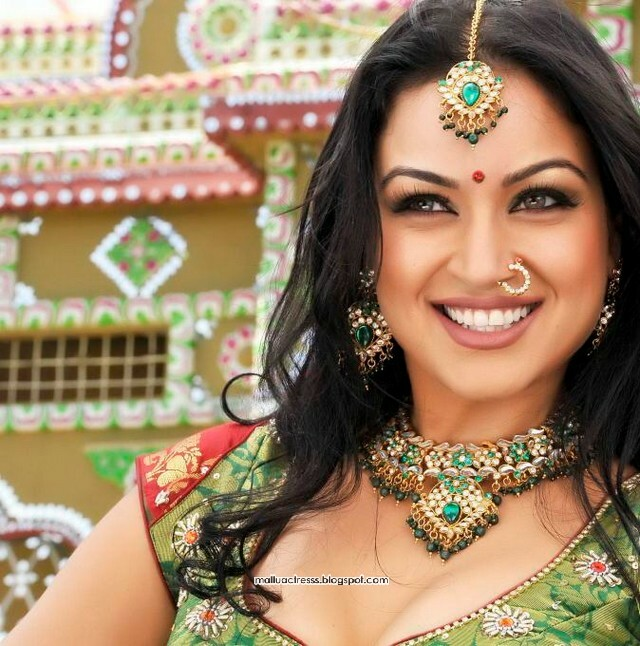 Maryam Zakaria Hot