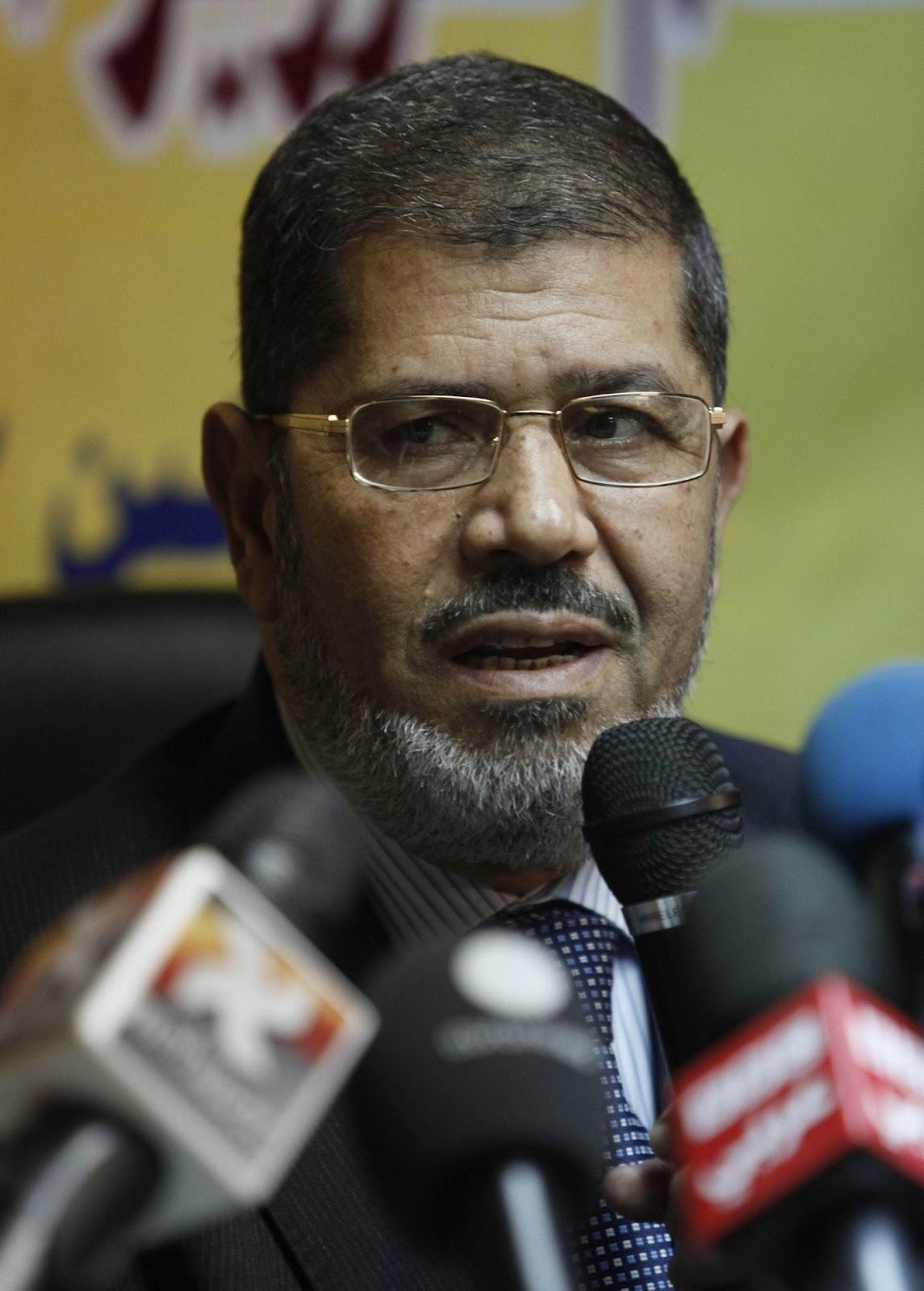 mohamed morsi biography Mohamed morsi muhammad morsi isa al-ayyat (în arabă محمد مرسى عيسى العياط, n 20 august 1951) este un politician egiptean și ex-președinte al egiptului.