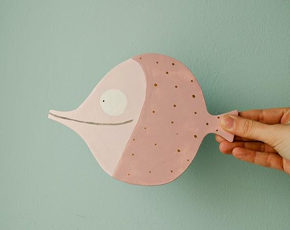 pez de madera rosa decoración infantil pintado a mano Maremagnum
