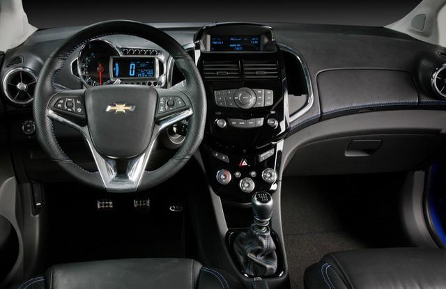 Automobile Chevrolet Aveo 2012