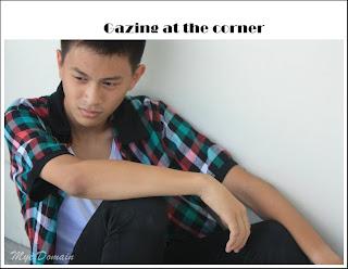 Gazing at the corner