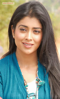 Actress-Shriya-Latest-Stills