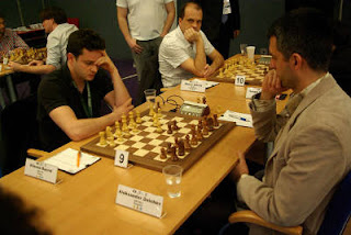 Echecs à Plovdiv : le Français Etienne Bacrot (2706) a annulé face à Aleksander Delchev (2622) lors de la ronde 4 © site officiel