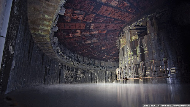 Green Pear Diaries, lugares abandonados, Fábrica de misiles Energomash, Moscú, Rusia