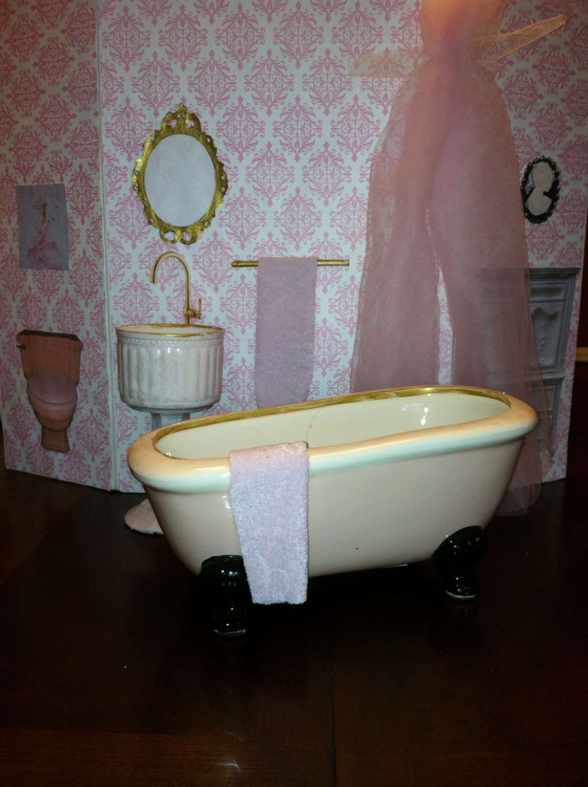 barbie furniture diy. Barbie Bathroom Furniture Diy T