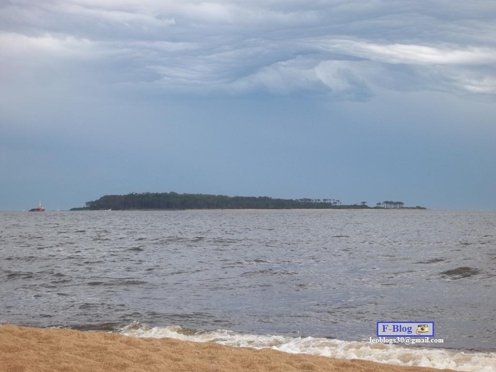 Punta del Este - Hermoso cielo nublado - Playa Mansa