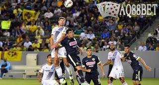 Liputan Bola - LA Galaxy meraih poin penuh perdana dalam International Champions Cup 2015 setelah Steven Gerrard ditarik di babak kedua. LA Galaxy menang tipis 2-1 atas Club America, Sabtu (11/7/2015) atau Minggu pagi WIB.