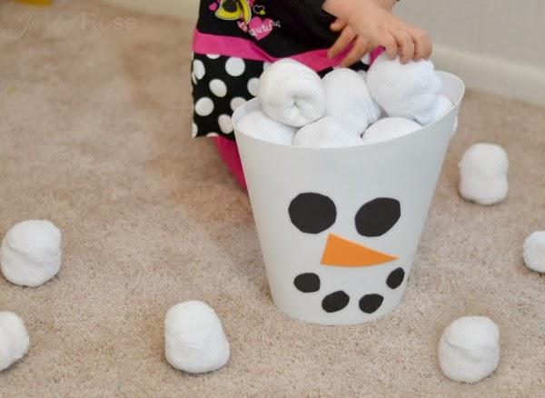 Indoor snowball flight kit