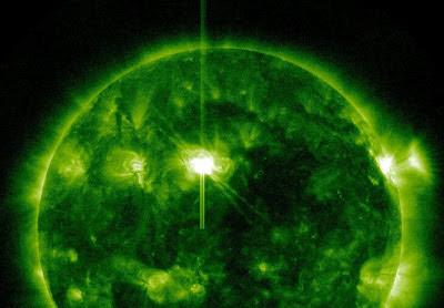 Llamarada solar clase M2.8 , 14 de Marzo de 2012