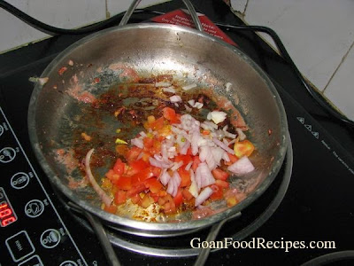 saute onions and tomatoes