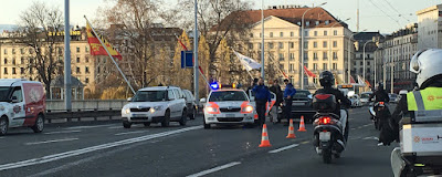 Fotografia da Polícia de Geneve prendeu 2 Sirios com explosivos suspeitos de terrorismo.