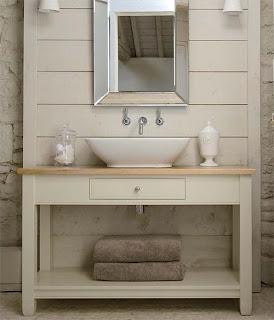 Sivs hus: Landlig stil på badet