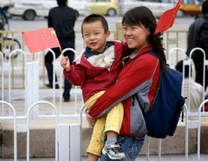 Flexibiliza China política de un solo hijo