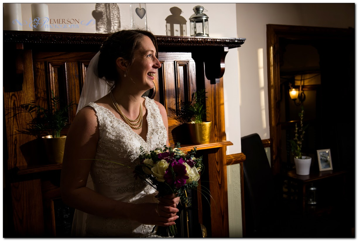 Bridal portrait at winter wedding by Jamie Emerson