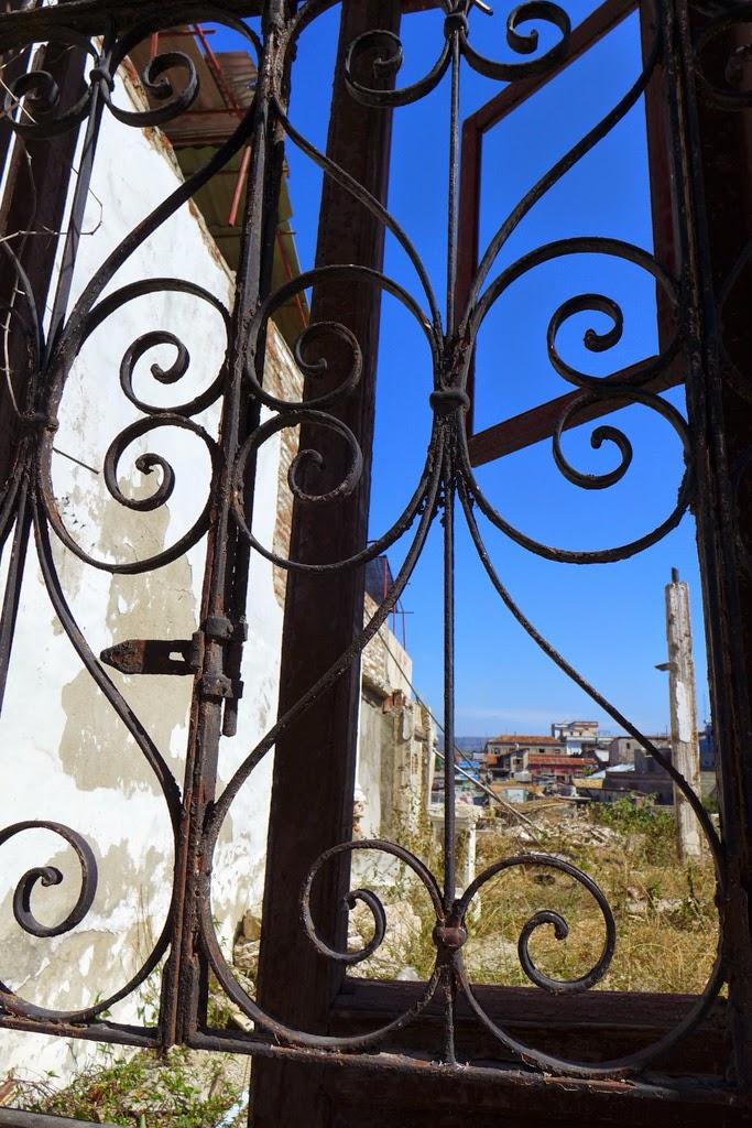 Santiago de Cuba iron gate