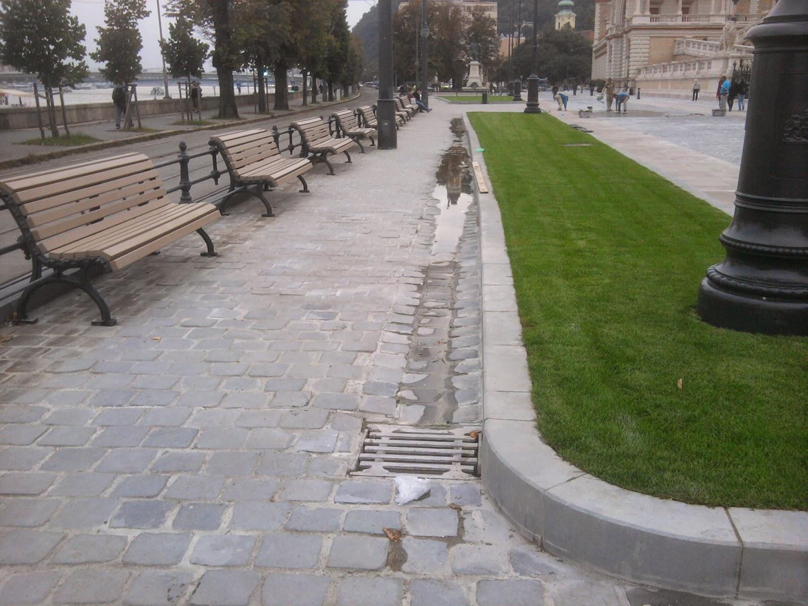 Budapest, Várbazár, Várkert Bazár, Ybl Miklós, Ybl Bazár, pocsolya, felújítás, tré, pocsék, elkúrás