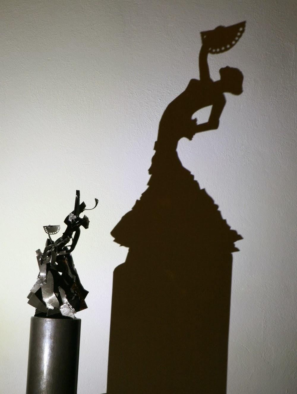 10-Flamenco-Dancer-Teodosio-Sectio-Aurea-Shadow-Art-www-designstack-co