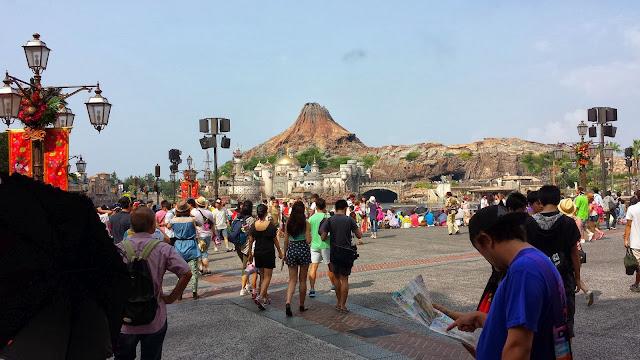 Entering Tokyo Disney Sea