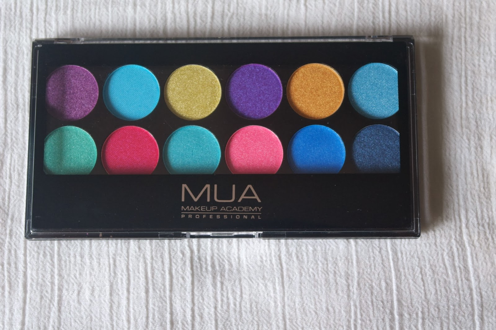 London-MUA-Cosmetics-Eyeshadow Palettes