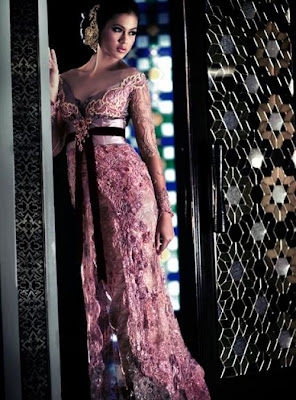 Pink+Trend+Wedding+Dress+Kebaya+Modern+Best+Anne+Avantie Model model Kebaya Modern Terbaru Tahun 2013