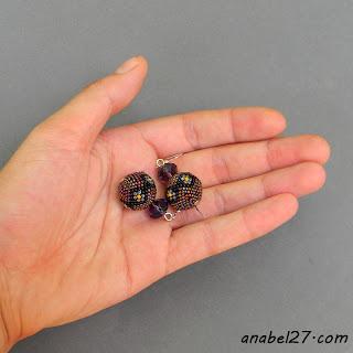 Маленькие серьги-бусины
