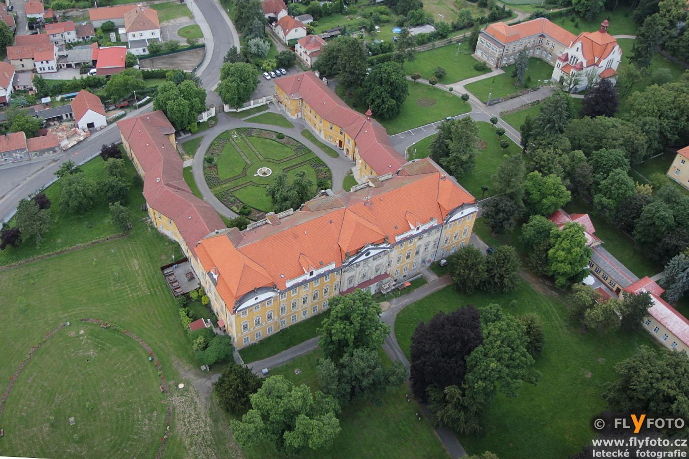 zámek Horní Beřkovice