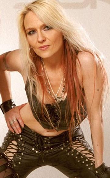 Rockmusicfirestorm Doro The Queen Of Heavy Metal