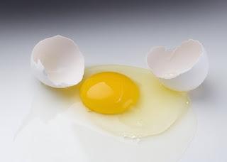 Video hướng dẫn cách làm mặt nạ trị mụn từ trứng gà