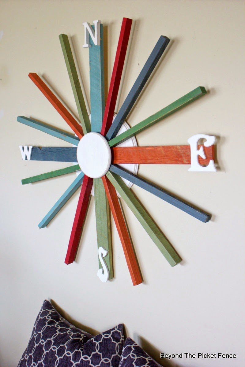 beyond the picket fence, wreath, compass, paint, wall decor, salvaged wood, beyond the picket fence, http://bec4-beyondthepicketfence.blogspot.com/2015/04/compass.html