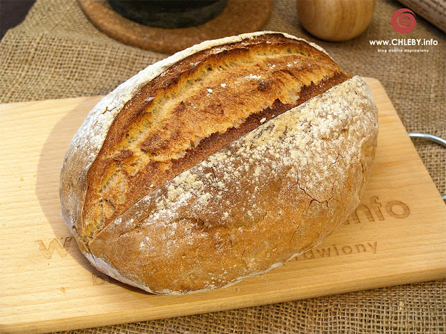 Pszenno-żytni chleb ziołowy (z rozmarynem)