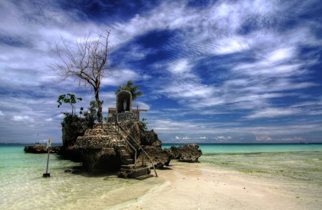 Willy's Rock, Philippines